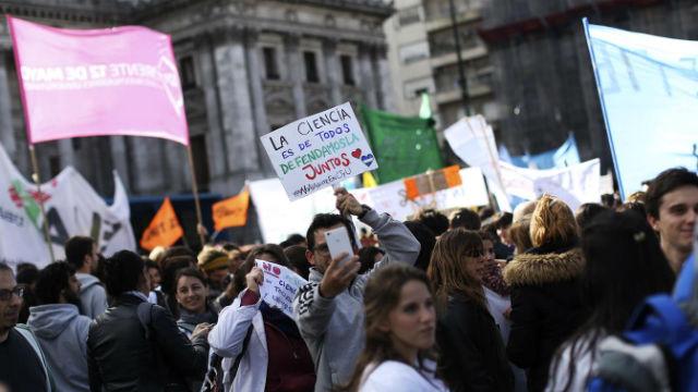 Universitarios entrerrianos apoyaron la protesta de científicos