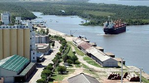 Comercio internacional: quieren puertos para buques de ultramar