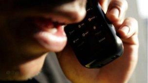 Renuevan alerta ante estafas telefónicas