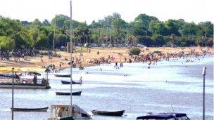 Playas habilitadas, eventos y mucho calor para el finde largo