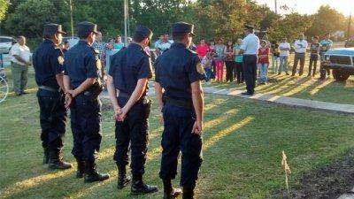 Se realizaron actos y entrega de vehículos por parte de Jefatura Departamental