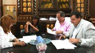 La municipalidad firmó un convenio con la UNER
