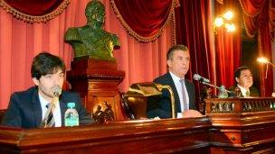 Cáceres nombró en el Senado a otro allegado de Urribarri