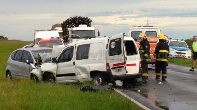 Tragedia en la ruta 18: dos hermanos murieron en un accidente
