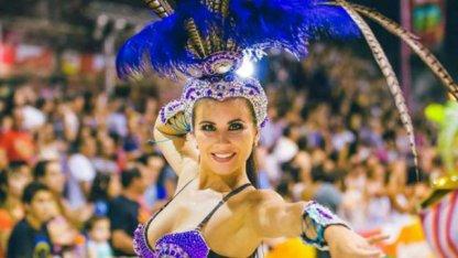 Daiana Arlettaz se luce en el Carnaval de Gualeguay