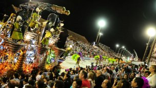 Gualeguaychú comienza febrero al ritmo del carnaval
