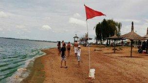 Río contaminado: prohibieron las playas de Federación