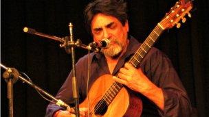 Monteañares presentó su último disco y su libro de poemas