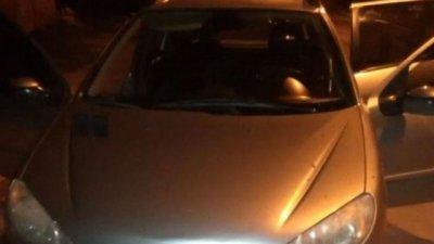 Su compañero de trabajo le robó el auto