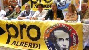 Intimaron al Pro entrerriano y se tensionó el tablero político