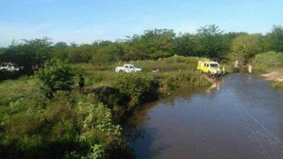 Buscan a un joven en las aguas del paso Los Gansos