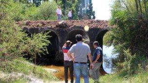 Vialidad releva los daños en puentes y caminos