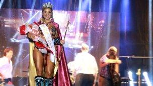 No más elecciones: la Reina del Carnaval del País dio su opinión