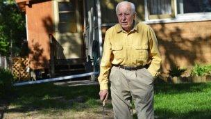 El anciano carpintero era un terrible asesino nazi