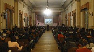 Ex combatientes de Malvinas le hablaron a los ingresantes universitarios