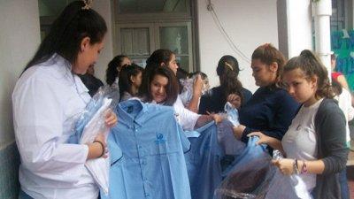 Los alumnos de la Técnica Nº1 recibieron sus uniformes