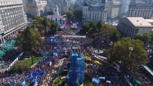 Fuertes críticas a Macri en el acto central por el Día de la Memoria