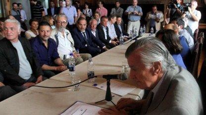 Con Urribarri presente, el PJ bendijo al kirchnerismo sin CFK