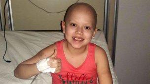 Antonella fue trasplantada y comienza la última etapa