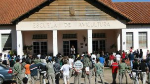 Agmer acusó a Panozzo de intentar vaciar la escuela pública