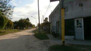 Motochorros asaltaron a un distribuidor en el barrio La Rural