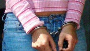 Detuvieron a una mujer por el robo de ecógrafos