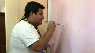 Pintura en el hogar por el Día de las Buenas Acciones