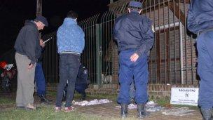 Salieron de compras con billetes falsos y fueron detenidos