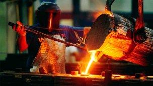 Cortando un año de retrocesos, la actividad industrial creció