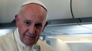 Francisco evalúa crear tribunales continentales para curas abusadores