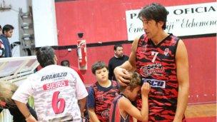Una leyenda del básquet eligió Entre Ríos para decir adiós