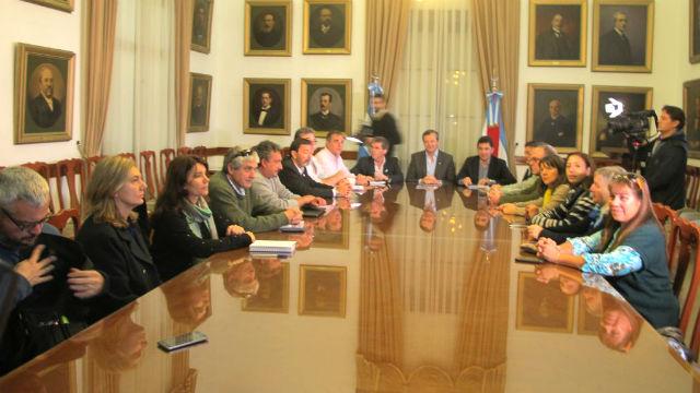 En la reunión estuvo el vicegobernador Bahl.