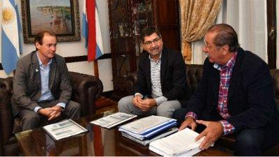 José Gervasio, su cercanía con Busti y la foto con Bordet