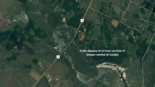 Un afluente del Uruguay cubrió las banquinas de la Ruta 14