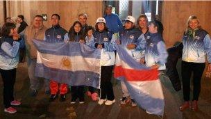 Atletas colonenses viajaron a Colombia