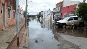 El río Uruguay continúa su retirada