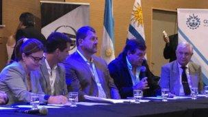 Por la crecida del río, intendentes piden indemnización a Salto Grande