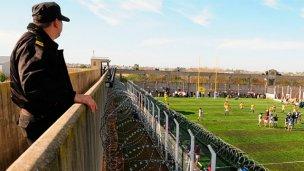 Inauguraron cancha de rugby en cárcel de máxima seguridad