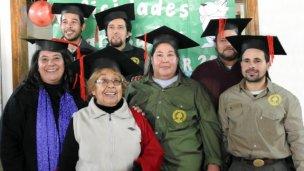 12 jóvenes y adultos terminaron el secundario en El Palmar