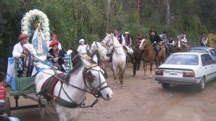 Viajaron en procesión por Nuestra Señora de Itatí