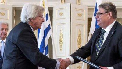 Millonaria inversión hace Uruguay a favor de la pastera UPM