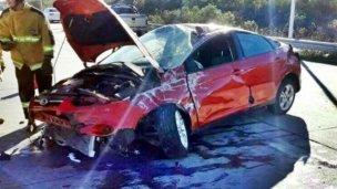 Autovía 14: volcó tras chocar contra el guardarraíl