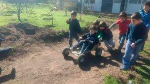 Proyectan construir kartings para que los chicos jueguen en el recreo