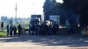 Camioneros bloquean plantas de Baggio en Concordia y Gualeguaychú