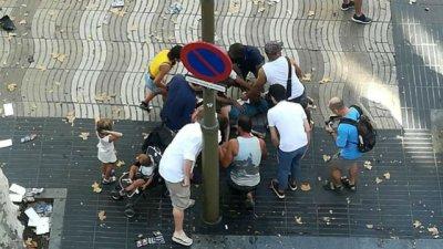 El terrorismo se cobra al menos 13 vidas en Barcelona