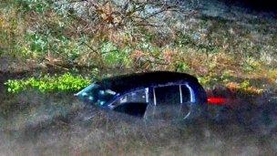 Autovía 14: chocaron y terminaron en el agua