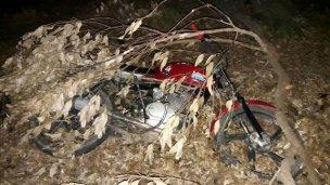 """Picadas en el """"Liquidambar"""": Huyeron y abandonaron una moto robada"""