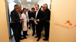 """Inauguraron el hospital que """"pone a la provincia a la vanguardia"""""""