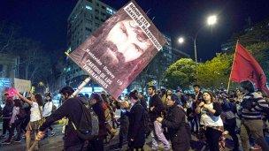 Atacaron la embajada de Argentina en Montevideo