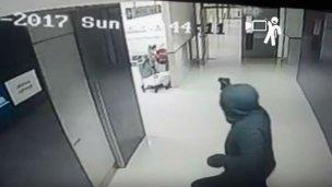 A los tiros se llevaron a un peligroso homicida del hospital